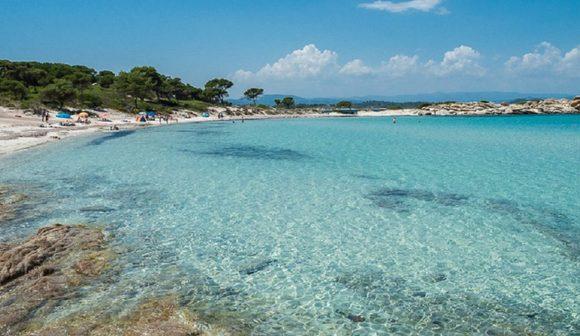 Παραλία Καρύδι Προορισμοί Χαλκιδική