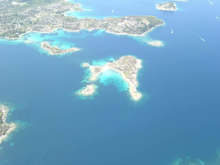 peristeri island